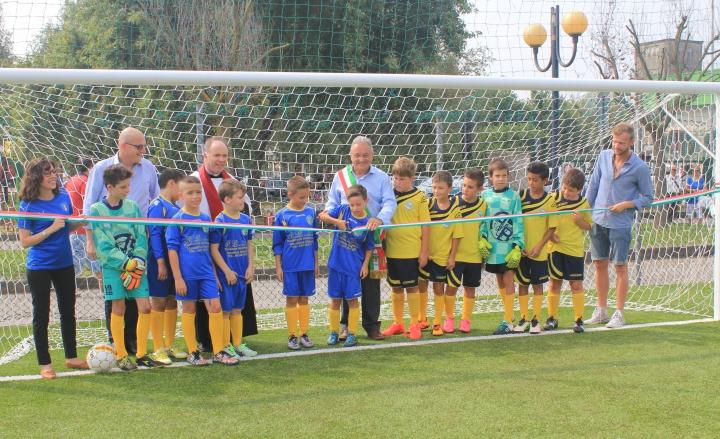 Tappeti Per Bambini Campo Da Calcio : Resegone online notizie da lecco e provincia barzago