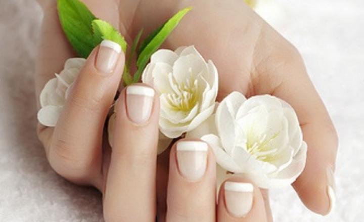 Crema contro pigmentazione Avon