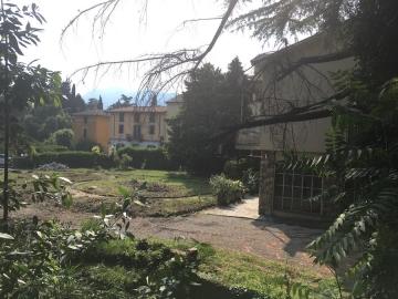 Resegone online notizie da lecco e provincia nel rione for Giardino lecco