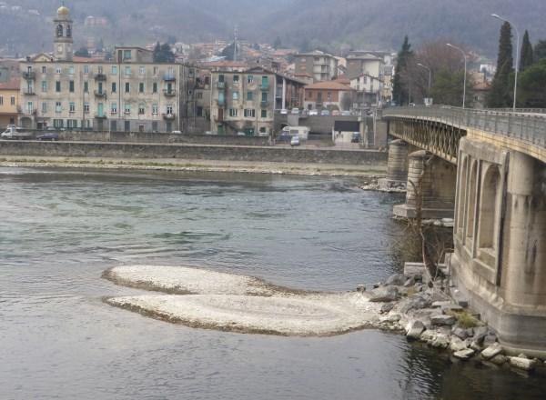 Resegone online notizie da lecco e provincia fiume - Letto di un fiume in secca ...